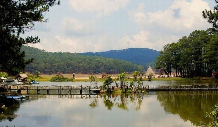 Hồ Dankia - hồ Suối Vàng - điểm du lịch hàng đầu của Đà Lạt