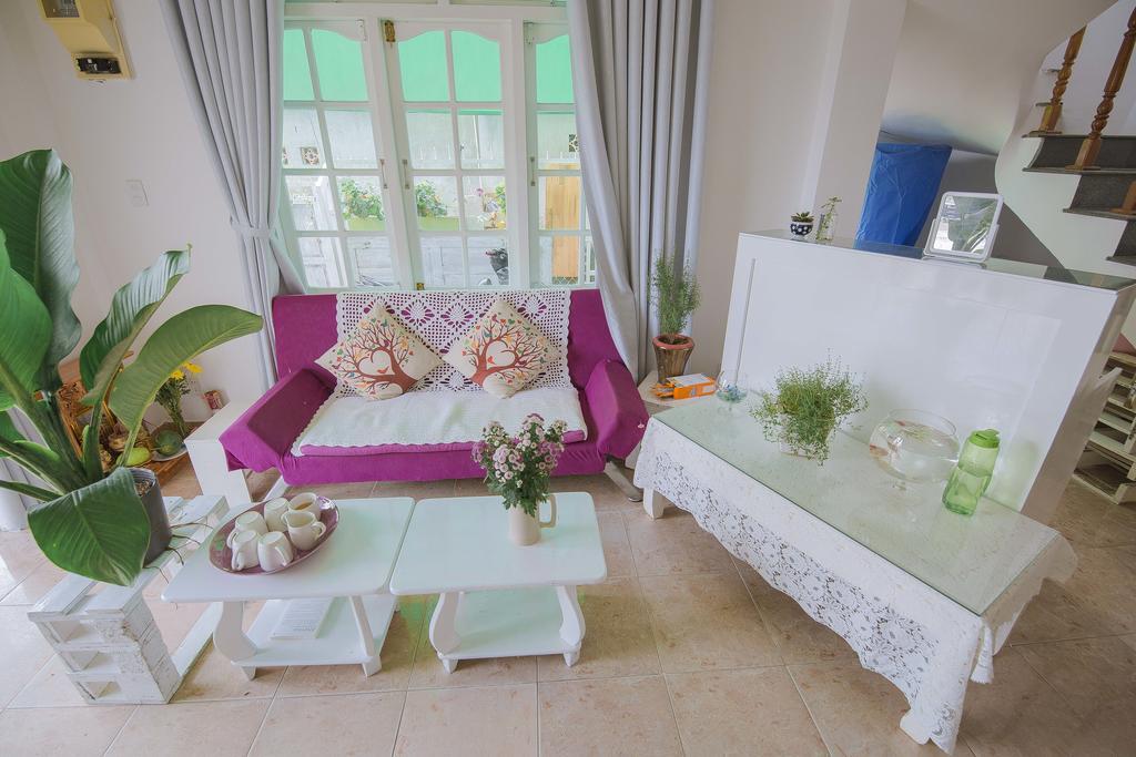 Phòng khách sang trọng của Mint Garden