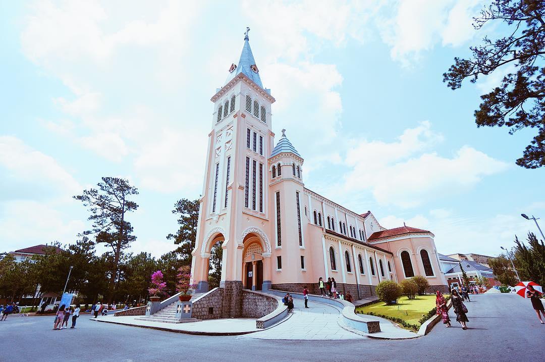 Nhà thờ con gà ở Đà Lạt – công trình kiến trúc cổ xưa bậc nhất ở Đà Lạt