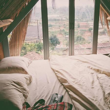 Căn phòng gác mái lãng mạn nơi phố núi