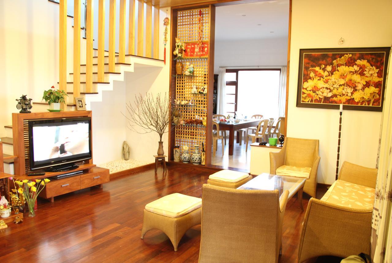 Phòng khách ấm cúng của Lâm Viên Homestay