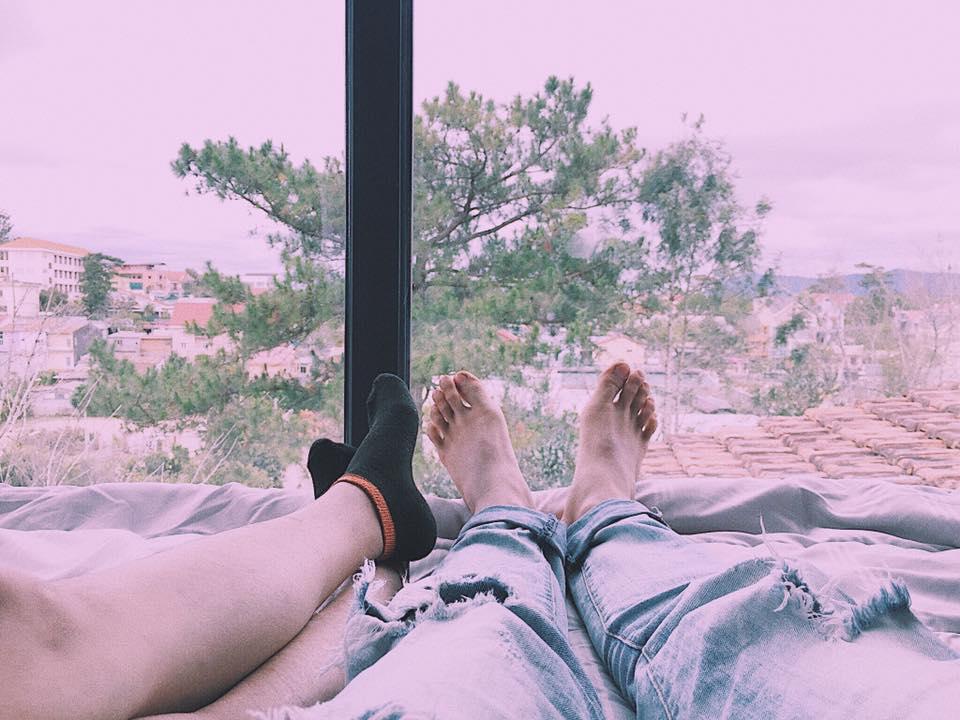 View đpẹ từ cửa sổ phòng