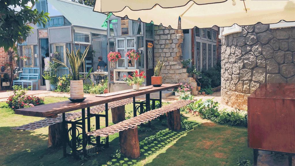 Hầu hết nhà nghỉ tập thể, Homestays có phòng Dorm đẹp ở xa trung tâm.