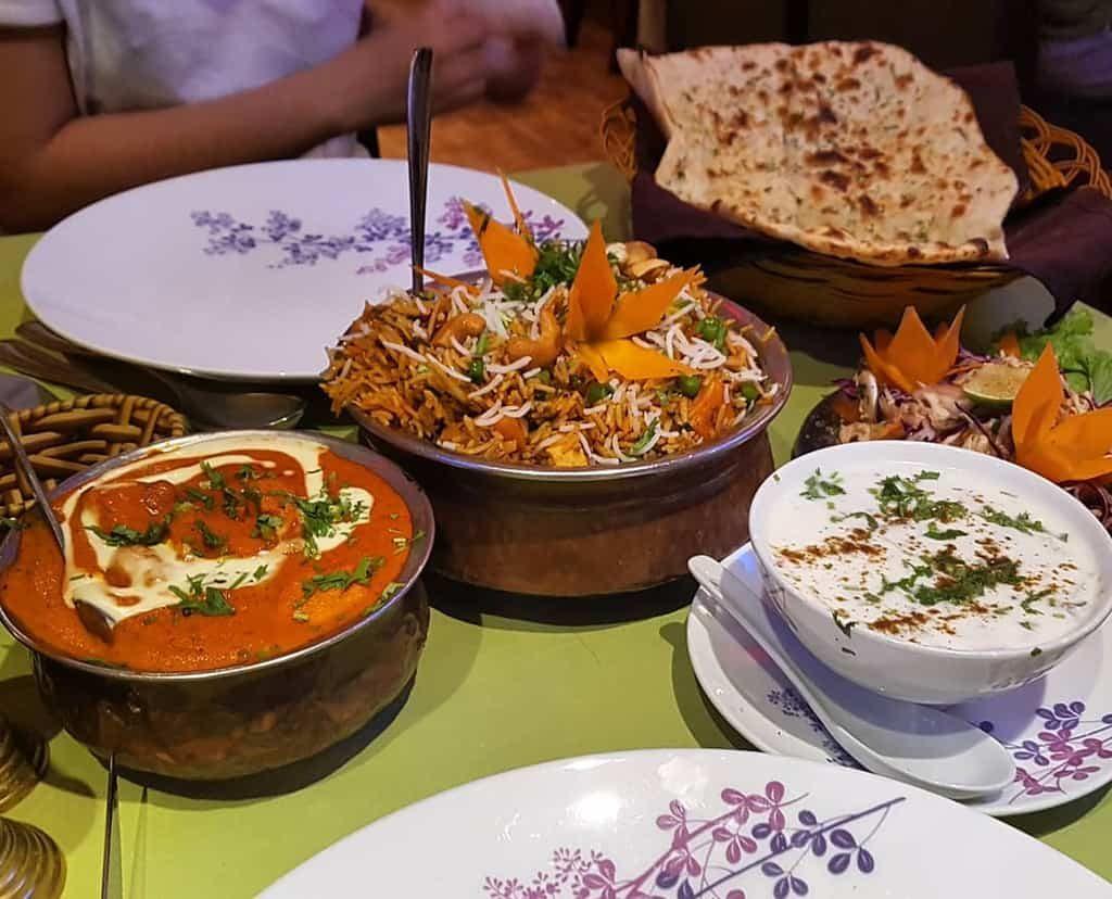 Nhà hàng Ấn Độ Ganesh Đà Lạt có dịch vụ giao cơm tận nơi.