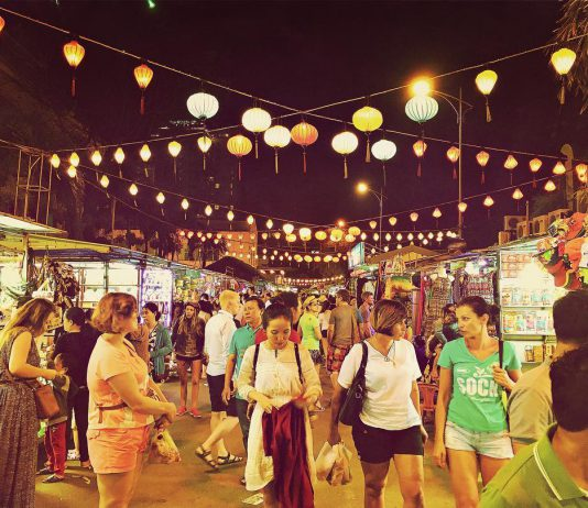 Chợ đêm Âm Phủ Đà Lạt